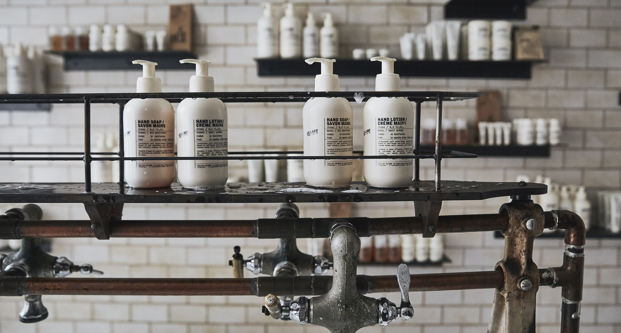 Le Labo Fragrances   Niche Perfumes and Candles